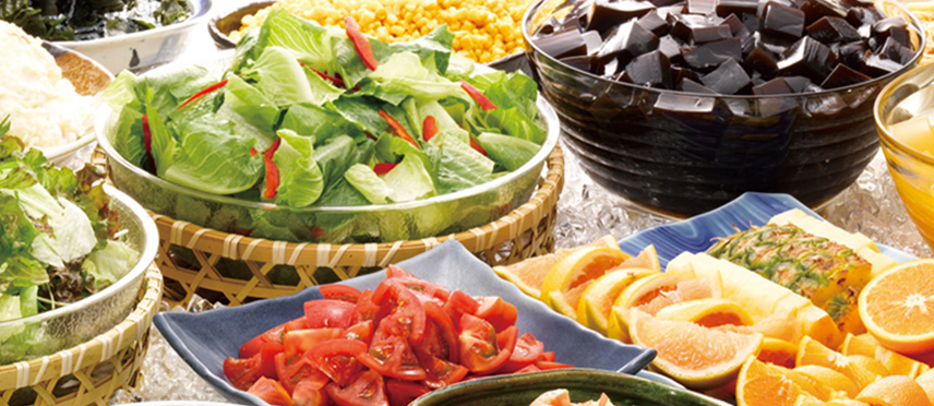 Salad bar in pursuit of seasonal taste and freshness