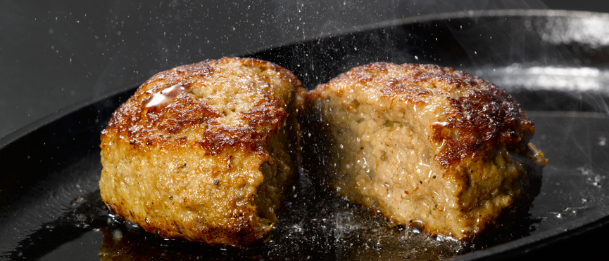 Art of selection of ground meat of handmade hamburg asking professional